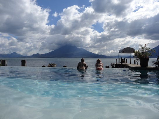 Infinity pool at Club Ven Aca