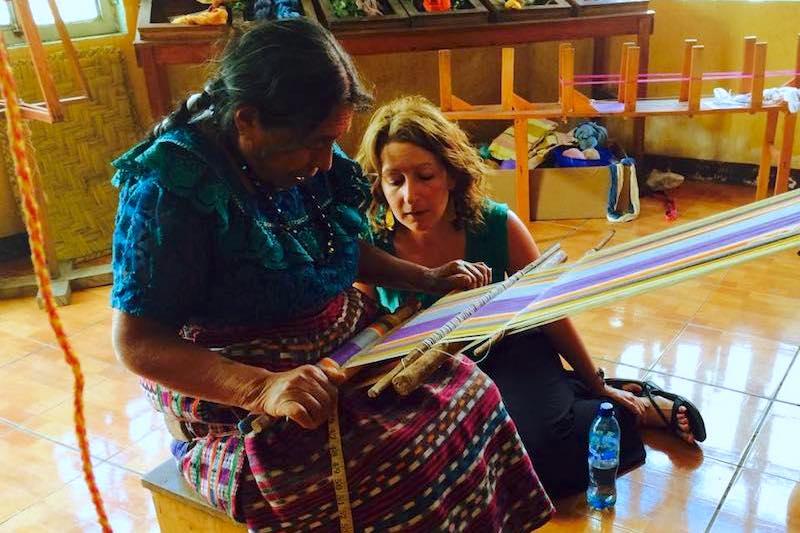 learning to weave in san juan la laguna