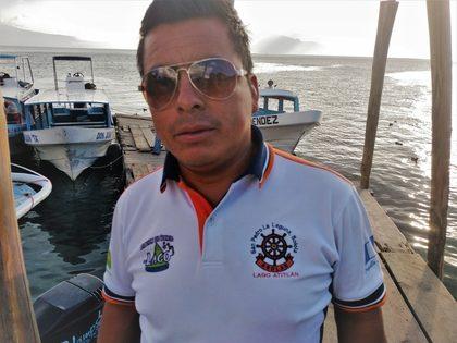 lancha-boat-captain-lake-atitlan-guatemala