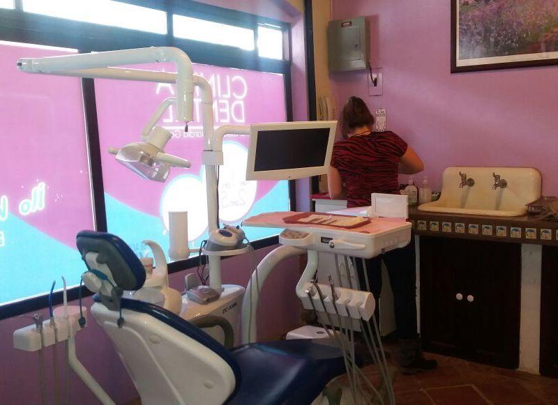 guatemala-dentist-office